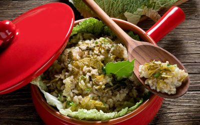 Brown Rice Salad with Kale and Pesto