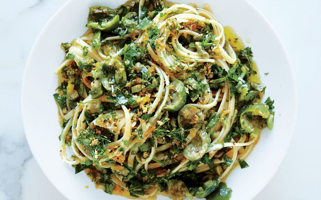 Linguine With Caper and Green Olive Sauce